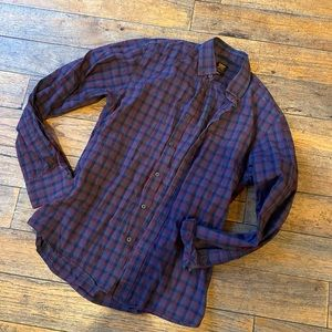 Industrie Shirting Small Button Up